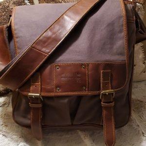 HUGE Fossil 54 Messenger Bag